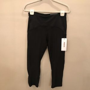 NWT RBX Black Capri Length Leggings